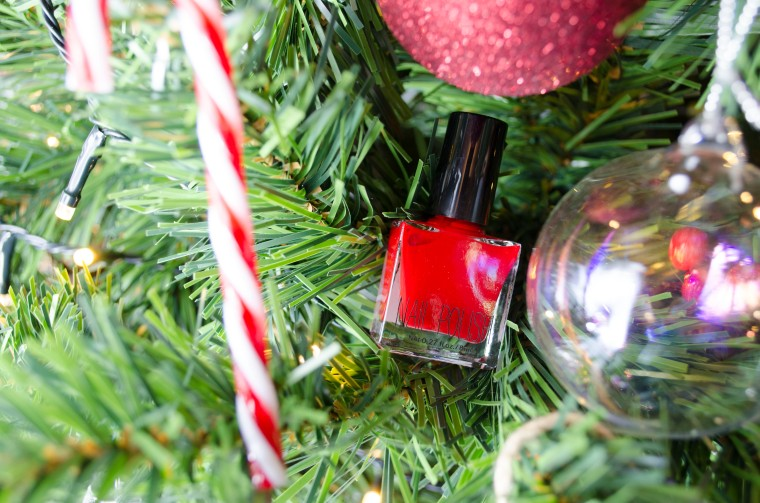 H&M_Nail_Polish_Red_LilysColours